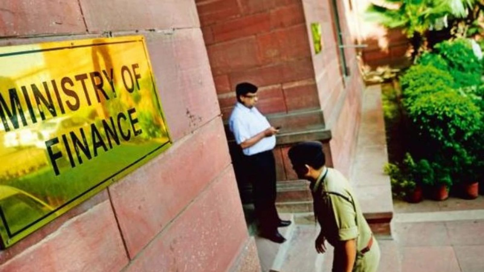 Finance Ministry: September data showing 'credible signs' of eco growth